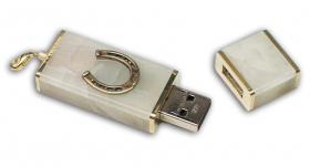 USB из агата